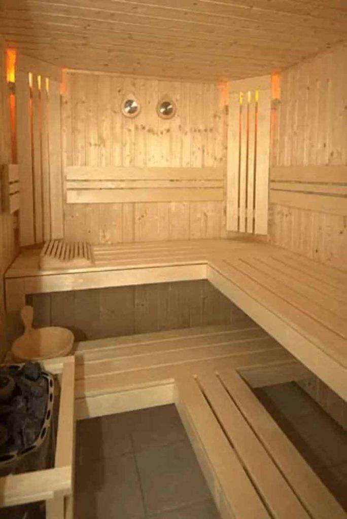 Sauna de madera para libre uso de abonados