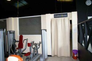Entrada a sala de clases colectivas Vente desde Cobeña, estamos muy cerca.